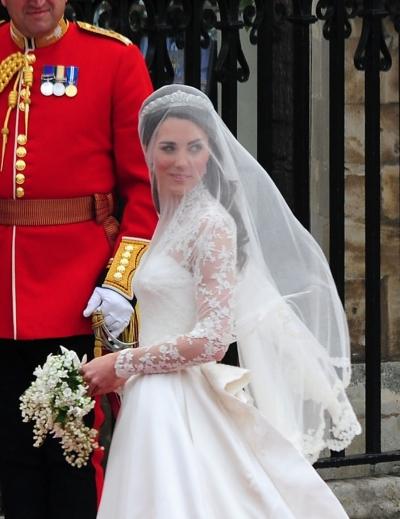 kate middleton wedding hairstyle. The Veil.